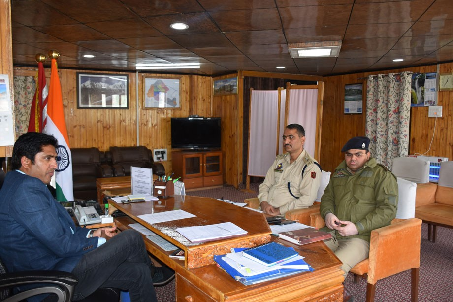 District Road Safety Committee meeting held in Kargil
