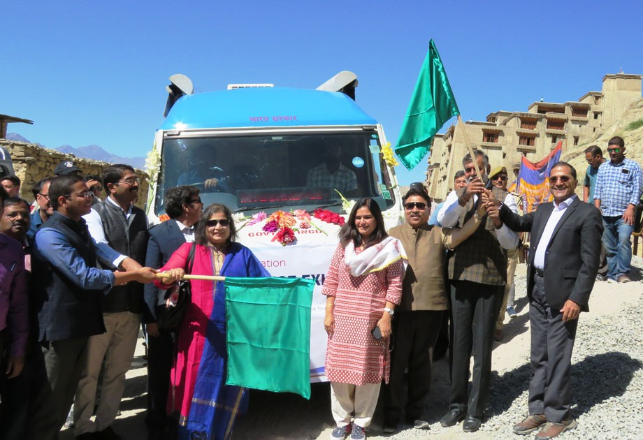 First Mobile Science Exhibition flags off in Leh