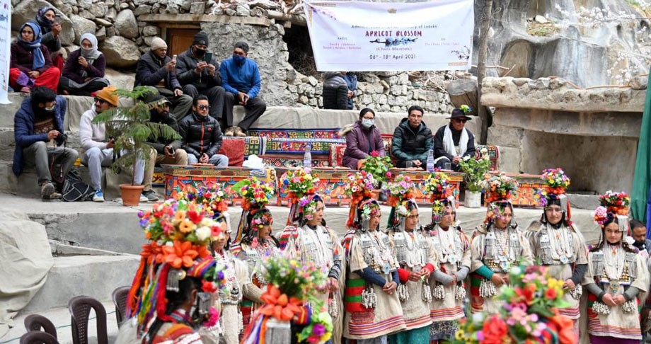 Apricot Blossom-Chuli Mendoq Festival, 2021 begins in Kargil