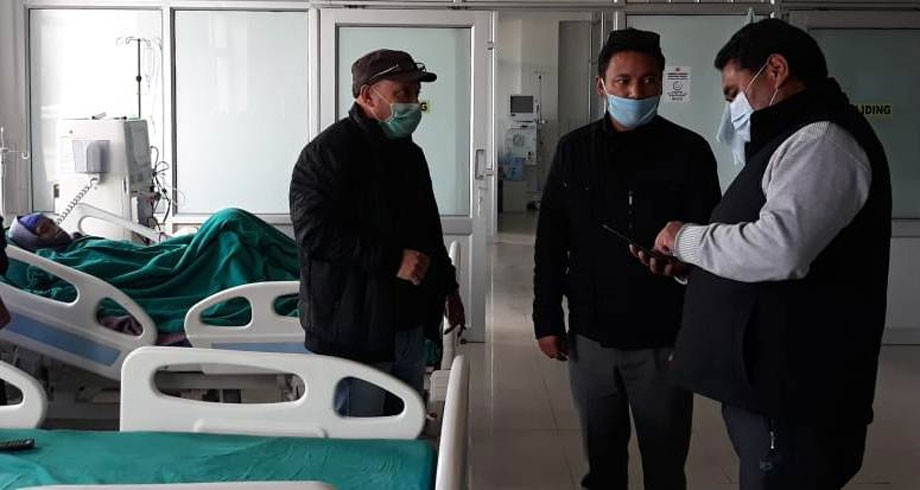Deputy Chairman, Hill Council, Leh inspects SNM Hospital