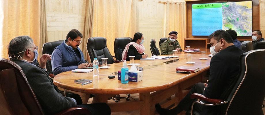Advisor Narula reviews Police Wireless Network in Ladakh